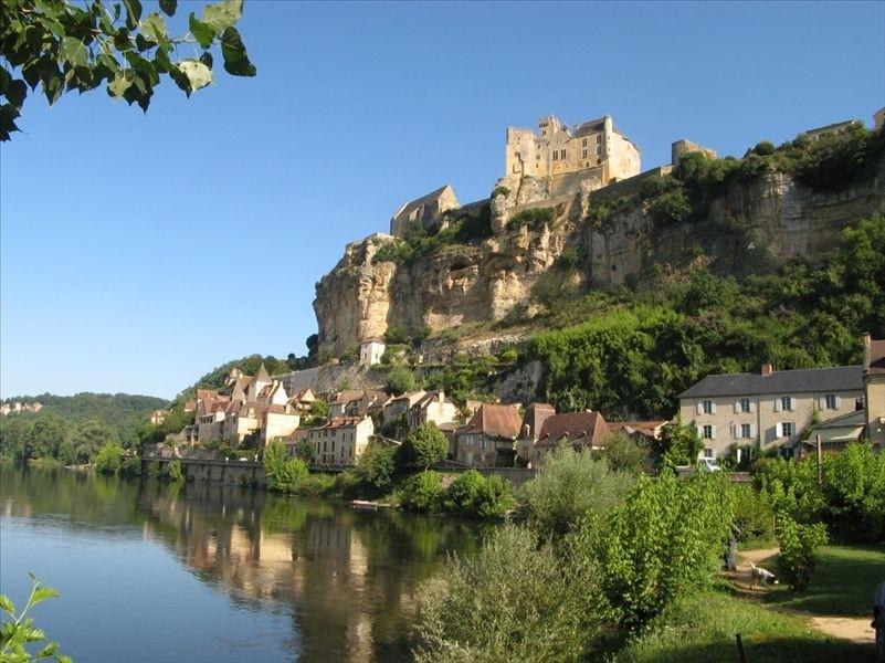 Beynac-et-Cazenac France Vacation Rental La Petite Maison Experiences